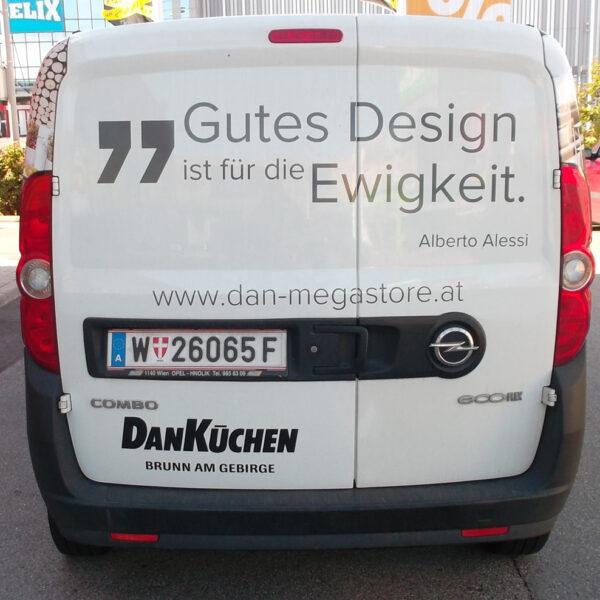 DAN Küchen Megastore: Fahrzeugbeklebung